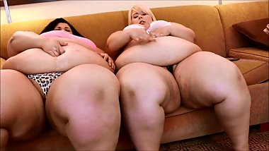 SSBBW Duel Belly Button Fingering