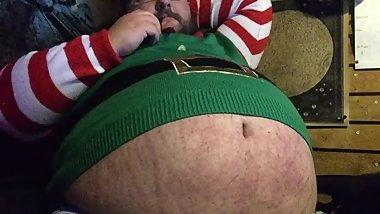 beer bellied elf clip
