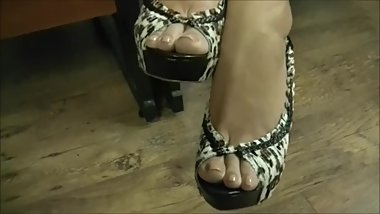 GW - Samantha's Office Foot Tease