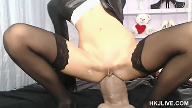 Gigantic dildo Goliath for Hotkinkyjo ass - anal fun HKJLIVE 01.11.2018