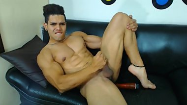 Muscle twink Latino flexes and jerks off on webcam with dildo