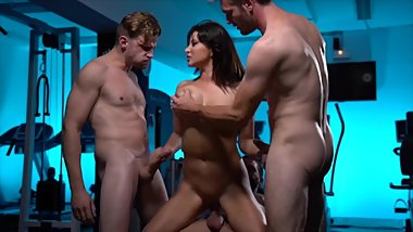 Private gang bang workout for Anna Polina - JM Fitness scene 2