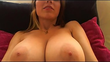 Huge boobs bouncing. Desperately need name.