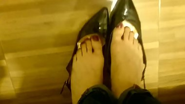 Candid Shoeplay pt 1