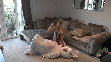 PREVIEW: Tortured By Her Heels