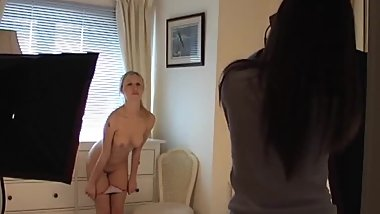Amy Strips Naked for Photographer Sophia